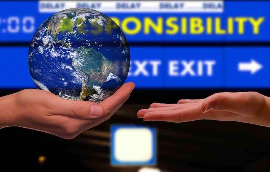Nachhaltigkeit hat Vorrang: Immer öfter ersetzen virtuelle Meetings Businesstrips (Foto: Gerd Altmann, Pixabay)