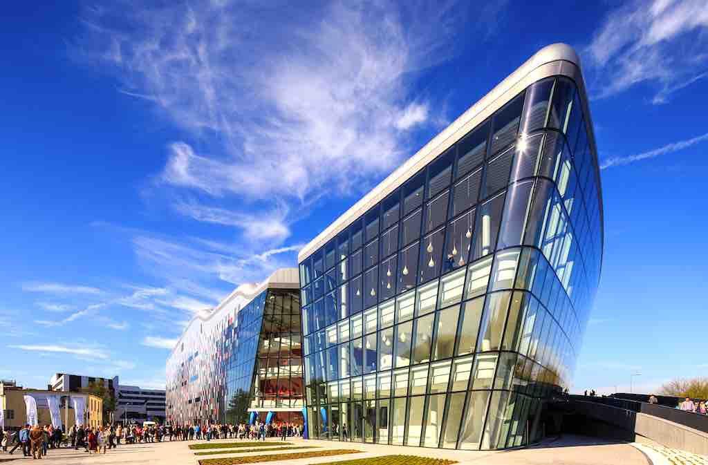 MICE-Destination Krakow: Das ultramoderne Congress Centre IC ist eine absoluterTop-Location für große und kleine Veranstaltungen (Foto: Wojciech Wandzel)