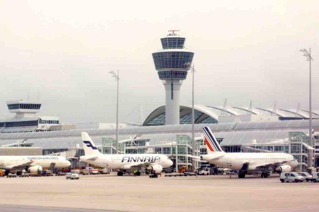 Mach der verschärfte Wettbewerb der Fluggesellschaften die Ticketpreise billiger? (Foto: Stux, Pixabay)