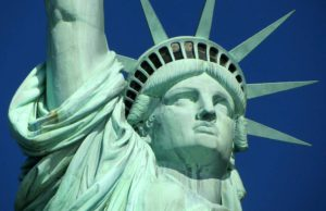 Auf was Sie in den USA achten sollten: Die Amerikaner sind locker und leger, dennoch gibt es einige Regeln zu beachten (Foto: Ronile, Pixabay)