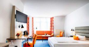 Wer zu Hause keinen Platz fürs Homeoffice hat, kann ins Hotel gehen (Foto: Katja Verhoeven, max.PR)