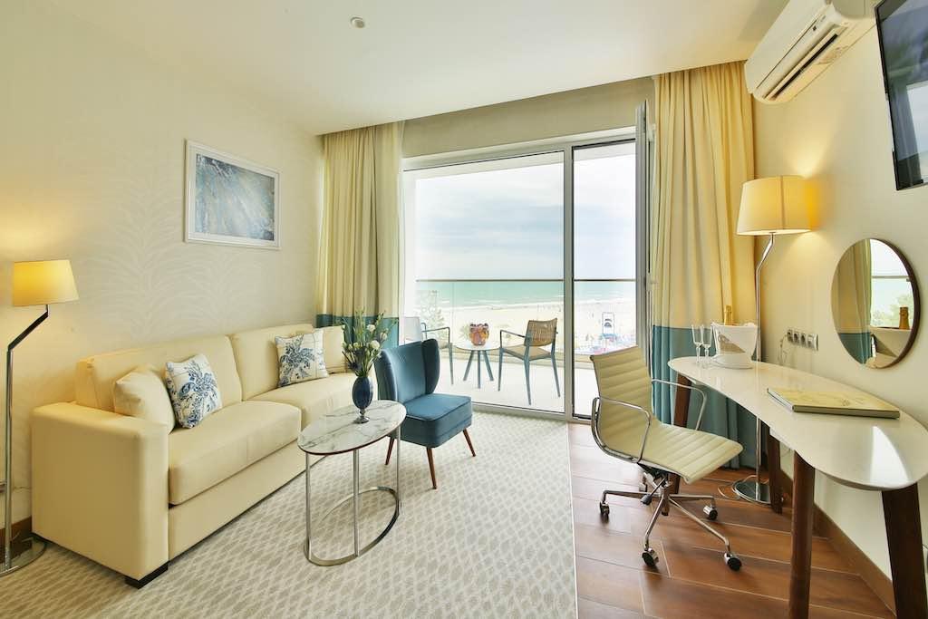 Im neuen frischen Look präsentiert sich das Hotel Paradise Blue Albena in Bulgarien (Foto: Fotos: MH)