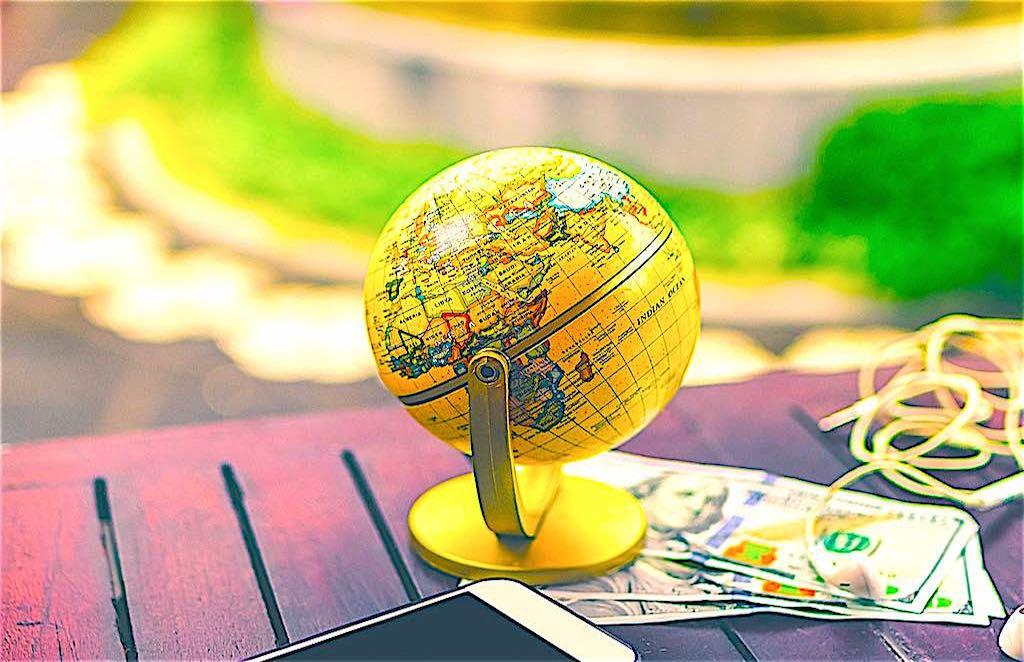 Unternehmen, die ihre Mitarbeiter auf Dienstreisen ins Ausland schicken, haben für diese auch eine Fürsorgepflicht (Foto: Artem Beliaikin, Unsplash)