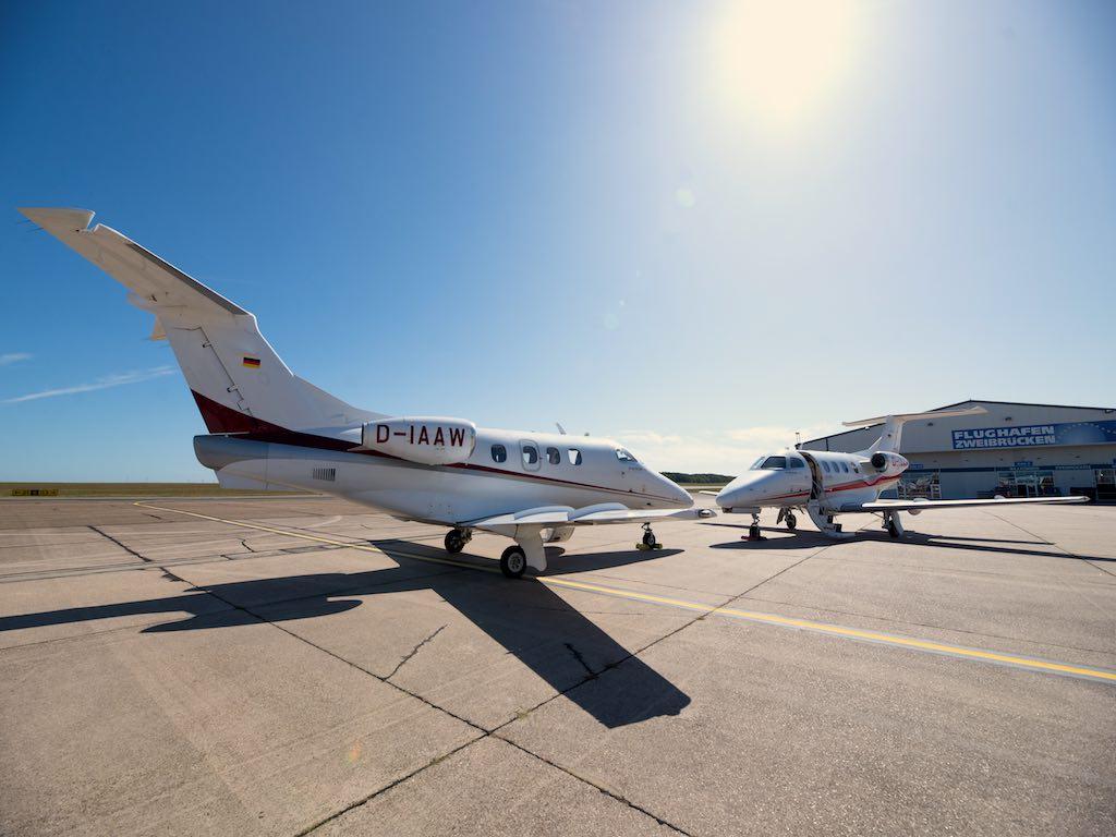 Heimatflughafen von Arcus Air Group ist Zweibrücken