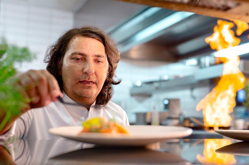 Gregor Vračko setzt auf traditionelle Kreationen der slowenischen Küche (Foto: Luka Karlin, Studio Virc)