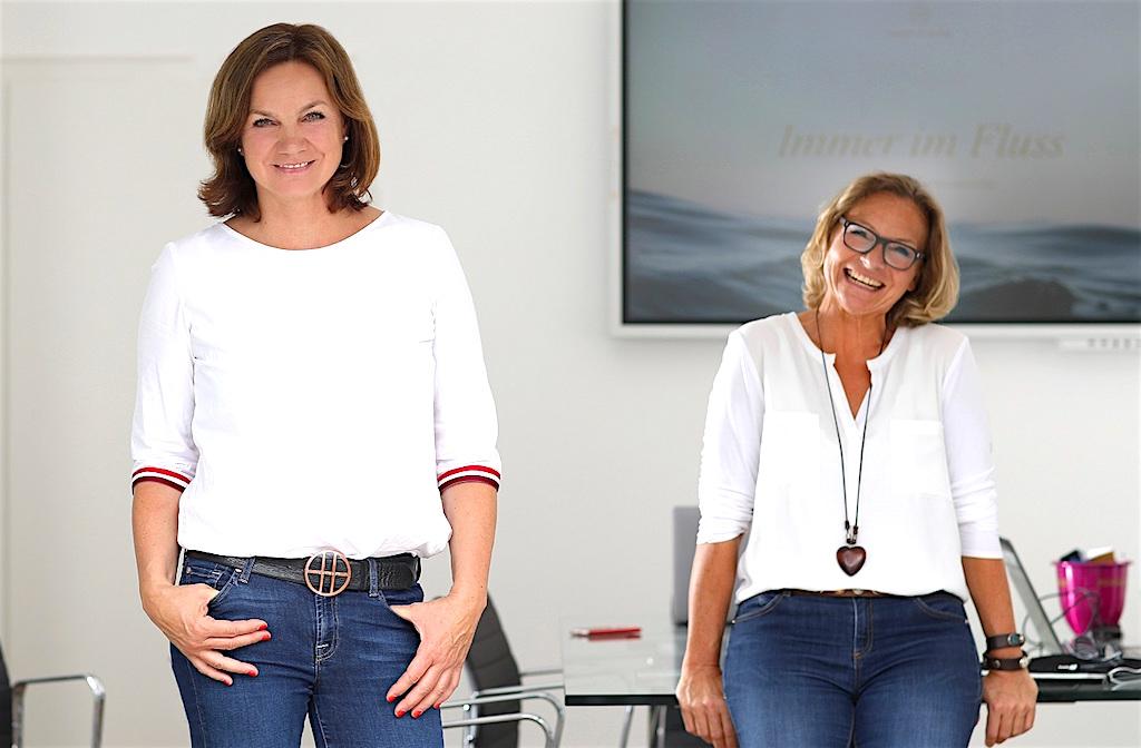 Zwei Frauen mischen die Flusskreuzfahrt auf: Tina_Kirfel und Bettina Zwickler sind immer im Fluss (Foto: Kiticon)