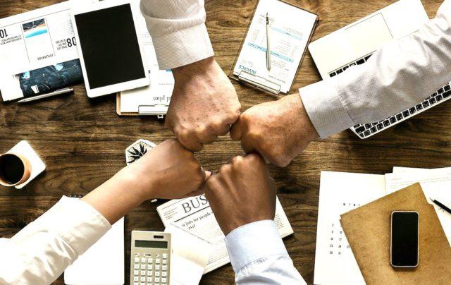 Wie Unternehmen in die neue Zukunft starten, das erörtern Führungskräfte und Branchenexperten am 3. November 2020 auf der SAP Concur Fusion Exchange (Foto: mohamed Hassan, Pixabay)