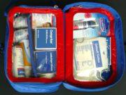 Wer auf Reisen für alle Fälle gerüstet sein will, sollte die Reiseapotheke nicht vergessen (Foto: Pixabay)