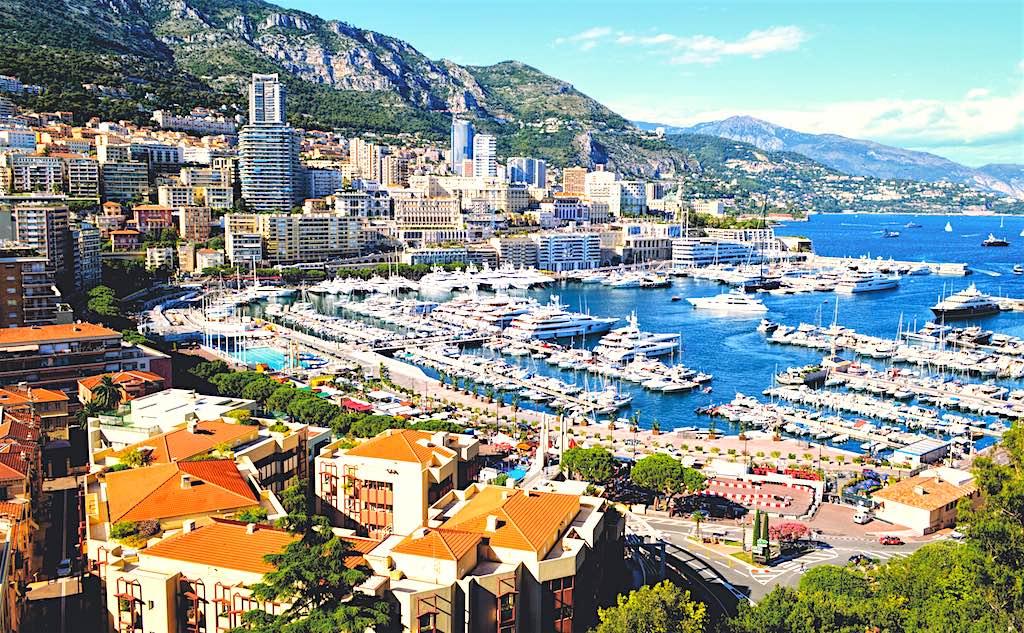 Monte Carlo ist das Herz des europäischen Glückspiels (Foto: Matthias Mullie, Unsplash)