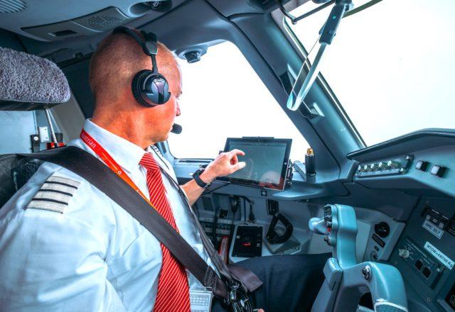 Reisewarnungen, Lande- und Startverbote bremsen den Restart von Austrian Airlines (Foto: @alexcheban for Austrian Airlines)