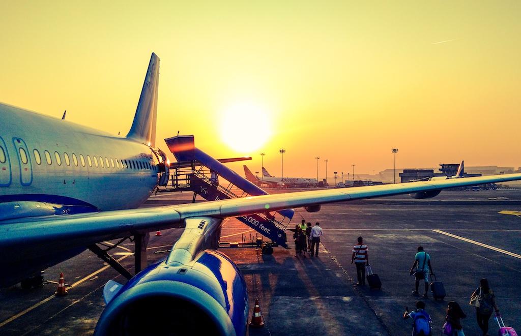 Wer rechtzeitig und richtig die Flugreise vorbereitet wird, reduziert den Stress (Foto: Anugrah Lohiya, Pexels)